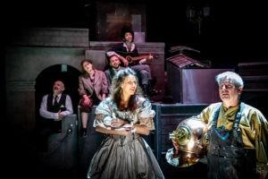 Sherlock Holmes - Collectif la Machine - Au nom de la Reine - Théâtre Anthéa